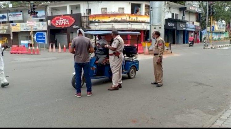 वर्दी की हमदर्दी, पुलिस ने दिया मानवता का परिचय....